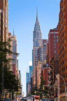 chrysler building from lexington ave - Bing images