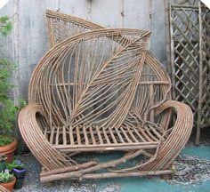 Woven Willow Loveseat Oh I love this! Willow Furniture, Wicker Furniture, Rustic Furniture, Furniture Stores, Willow Weaving, Basket Weaving, Willow Garden, Sticks Furniture, Deco Nature