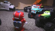 Cars and Trucks CRASH Up Adventures MONSTER TRUCK Action!