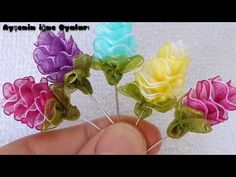 Spike making narrative making from a magnificent ribbon Flower DIY, Ribbon Art, Ribbon Crafts, Flower Crafts, Flower Art, Handmade Flowers, Diy Flowers, Fabric Flowers, Paper Flowers, Band Kunst