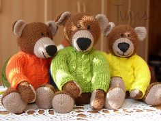 Ravelry: Old Fashioned Bear pattern by Ala Ela