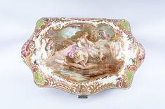 Sevres cofre de porcelana firmado | Antigüedades El Portal Porcelain Ceramics, Portal, Wooden Chest, Crates, Porcelain, Tableware
