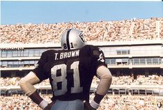 Tim Brown one of the best pics of Tim Brown ever!  Pulling for u to make to HOF IN 2015!!