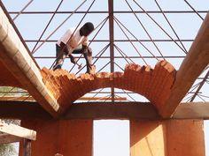 Diébédo Francis Kéré Architecture The Gando Project Timber Architecture, Cultural Architecture, Vernacular Architecture, Historical Architecture, Architecture Details, Francis Kere, Sustainable Building Design, Hotel Floor Plan, Modern Small House Design