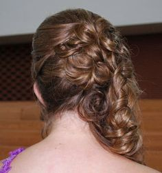 Side Swept Curly Style