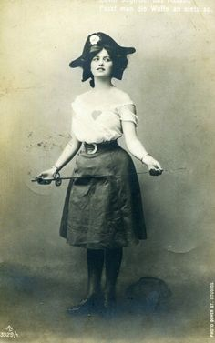 "Lady Pirate - 1909 ""sweetheart"" photo, possibly a fencer"