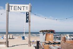 De Zee-as: Origineel werkplekje aan het strand