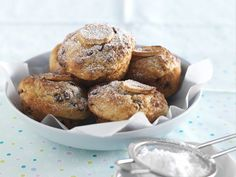 Bananen-Nuss-Muffins mit Schokochips | Zeit: 30 Min. | eatsmarter.de