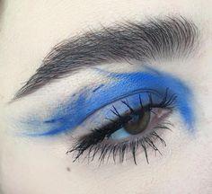 Eye makeup by @greta_ag