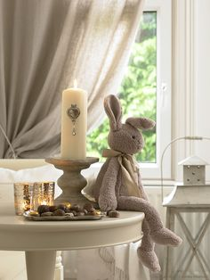 Cute little taupe bunny. Chandeliers, Vibeke Design, Some Bunny Loves You, Hunny Bunny, Ideas Para Organizar, French Cottage, Cozy Cottage, Cottage Style, Christmas Home