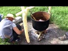 Cu tigaia în spate - Mâncăruri ciobănești din Transilvania Romanian Food, Food Videos, Outdoor Decor, Dan, Tourism, Youtube, Turismo, Youtubers, Travel