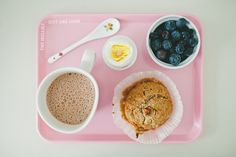 Whole grain spelt banana muffin, blueberries, boiled egg, hot oat chocolate