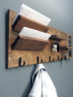 Entryway Organizer with Chalkboard, Wall Mount Pine Wood Mail Organizer, Sunglasses and Key Storage, Entry Way Coat Rack ad Easy Woodworking Projects, Diy Wood Projects, Wood Crafts, Wooden Pallets, Wooden Diy, Wooden Pallet Ideas, Wall Key Holder, Diy Key And Wallet Holder, Home Decor Ideas