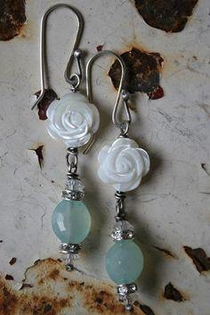 ❥ Le Jardin handmade chalcedony earrings