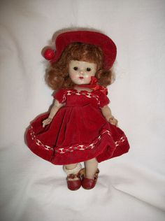 VINTAGE RED-HAIR STRUNG GINNY -  ORIGINAL OUTFIT #Dolls