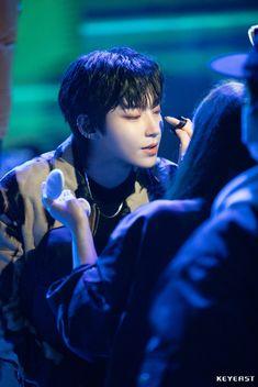 Korean Celebrities, Korean Actors, Becoming A Makeup Artist, Funny Education Quotes, Become A Fashion Designer, Haikyuu Kageyama, Kim Jisoo, Kdrama Actors