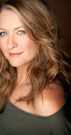 Ali Hillis, previously the voice of Liara in Mass Effect, plays Scout Lace Harding in Dragon Age: Inquisition.