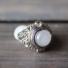 Gothic Jewelry Box Diy rock n rose - alma moonstone poison ring - shophearts - 1 - Gothic Rings, Gothic Jewelry, Boho Jewelry, Antique Jewelry, Jewelry Design, Jump Ring Jewelry, Jewelry Rings, Diamond Jewelry, Jewelry Box