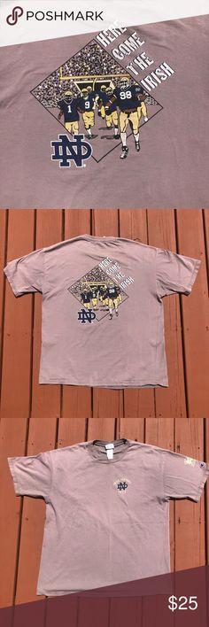 94c70e20 VINTAGE 1998 CHAMPION NOTRE DAME IRISH 🏈 T-SHIRT 1998 Champion brand  promotional tee from