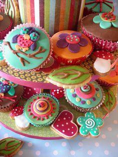 Bright Summer cupcakes