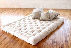 Spring Air produces the best quality mattress in India and around the globe. Over the years it has attained reputation in counterpane surfaces and supportive bedding material thus satisfying customer needs. http://www.springair.in/