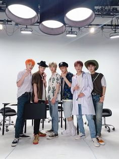 190725 V COOKIE VLIVE update with NCT DREAM Notes: I feel like Jaemin is mafia I want to live please save me ㅠㅠ Jisung die ♥♥ Haechan mafia? Is Jaemin mafia? I love you ♥ Translation:. I Love You Translations, Winwin, Taeyong, Jaehyun, Ji Sung Nct Dream, Nct 127, Vlive Nct, Ntc Dream, Korea