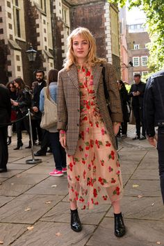 London Fashion Week Street Style Spring 2018 by Poli Alexeeva