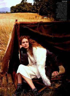 US Vogue October 2014   Natalia Vodianova by Anne Leibovitz