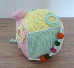 réalisez ce jouet d'éveil au crochet en fil Natura Just Cotton