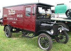 1925 Ford Model TT Truck Antique Trucks, Vintage Trucks, Antique Cars, Lifted Ford Trucks, Pickup Trucks, Classic Trucks, Classic Cars, Chevy Ssr, Woody Wagon