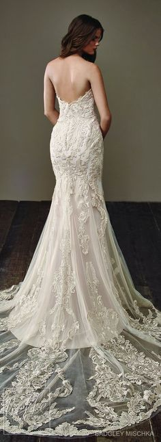 Wedding Dress by Badgley Mischka Bride Collection 2018/ Follwo me @ Melissa Riley- for more modern wedding dress collections, wedding cakes, wedding reception decor and lighting, wedding color palate ideas, modern eye makeup ideas and more. lovemelissariley.com