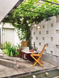 Koridor Hijau Untuk Teras Samping Rumah