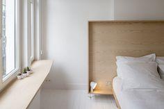 Une Tête de lit en contreplaqué, comme un cadre | plywood headboard, like a frame #chambre #bedroom