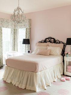 Pink Girls Bedroom. Pale Pink Bedroom. Pale Pink Girls Bedroom. #PinkBedroom #PinkGirlsBedroom #PalePinkBedroom