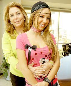 Las mamás de las famosas  Belinda y su Mama