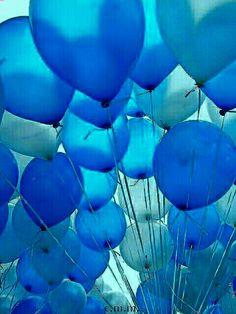 Beautiful Blue balloons!!!