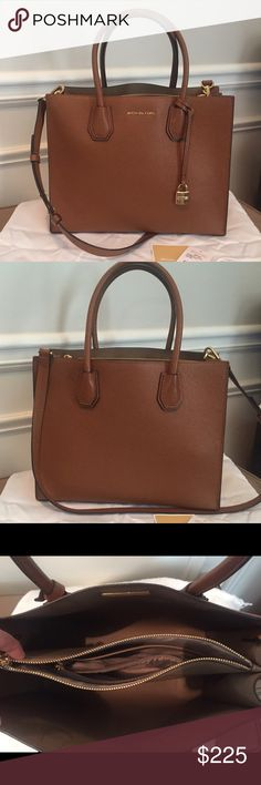 70440d267d6433 Michael Kors Mercer Large Convertible Tote Excellent used condition!  Authentic Michael Kors large Mercer tote