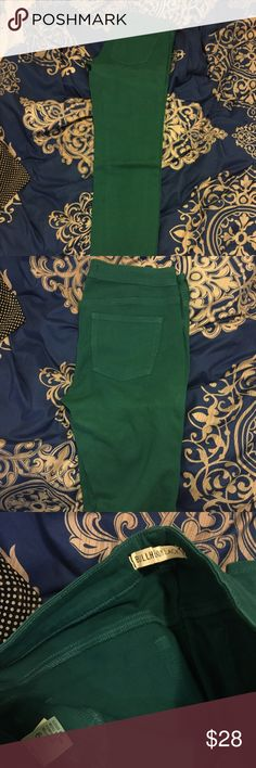 Skinny Jeans Green skinny jeans. Very good condition. Good amount of stretch in them. Bullhead Jeans Skinny