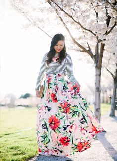 What to Wear for a Spring Wedding | Stripes and Florals | spring fashion | spring style | how to style a floral skirt | how to style a striped shirt | fashion for spring | style ideas for spring | warm weather fashion || Sandy A La Mode
