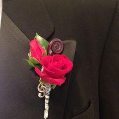 Rock n' Roll Wedding Boutenierre Boston Corporate Flowers, Rock N Roll, Boston, Floral Design, Brooch, Wedding, Jewelry, Mariage, Jewellery Making
