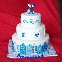 Delft Blue Dutch Cake