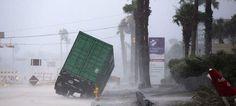 ΗΠΑ: Σε κατάσταση φυσικής καταστροφής κηρύχθηκε η Πολιτεία του Τέξας λόγω του τυφώνα Χάρβεϊ [εικόνες & βίντεο]