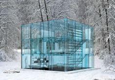 An ALL glass house from Carlo Santambrogio.