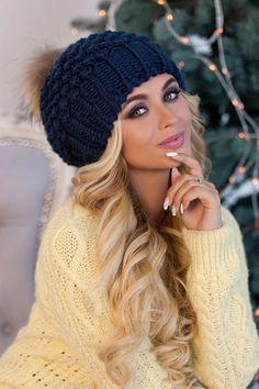 Knit Pom slouchy beanie fleece lined-Big pom pom hat-Christmas gift for mom-Pompom hat-Chunky knit slouchy hat-Winter hats for women-Beanie Marc Hoppmann Crochet Kids Hats, Knitted Hats, Free Crochet, Mode Statements, Fur Pom Pom Hat, Crochet Beanie Pattern, Beanie Hats, Slouchy Beanie, Beanies