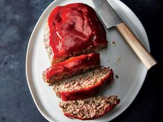 Healthy Meatloaf Recipes - Slash calories and fat from classic meatloaf with these clever tricks and ingredient swaps. Healthy Meatloaf, How To Cook Meatloaf, Good Meatloaf Recipe, Meatloaf Recipes, Beef Recipes, Cooking Recipes, Healthy Recipes, Easy Meatloaf, Flour Recipes