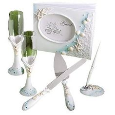 Planning to have your wedding in the beach? These beach wedding party favors on a budget will surely make your wedding memorable for all of you. Elegant Wedding Favors, Edible Wedding Favors, Beach Wedding Decorations, Beach Wedding Invitations, Wedding Favors For Guests, Wedding Ideas, Diy Wedding, Inexpensive Wedding Favors, Beach Themes