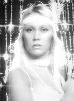 viking hair styles agnetha faltskog angelic both in voice and overwhelming 1976 | ffa5a673db7e1c8b12fb2000ceb02850 abba pictures of