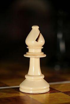 File:Chess bishop 0970.jpg
