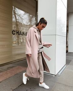 💙 Get free feedback on your own looks & rate other outfits 💙 How many stars would you rate this look ? Rate fashion an… in 2019 Winter Fashion Outfits, Modest Fashion, Autumn Winter Fashion, Winter Outfits, Fall Winter, Autumn Look, Outfit Chic, Beige Outfit, Other Outfits