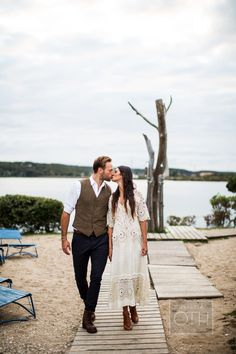 Photography : Christian Oth Studio | Photography : Glen Allsop Of Christian Oth Studio Read More on SMP: http://www.stylemepretty.com/2014/07/23/boho-montauk-rehearsal-dinner-wedding/